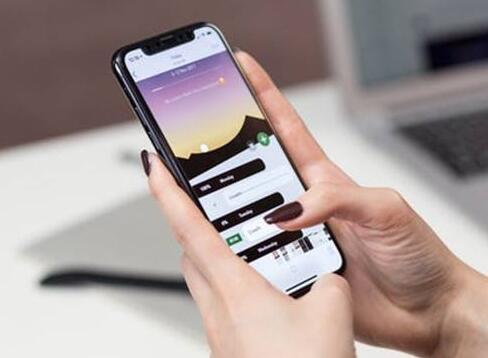 用自己手机查老婆和别人聊天,在自己手机看老婆跟谁聊天-痴痴资源网
